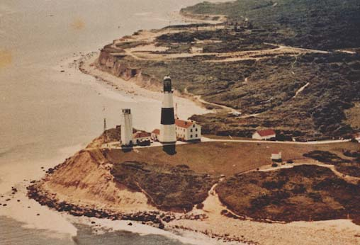 1960s-aerial-lighthouse